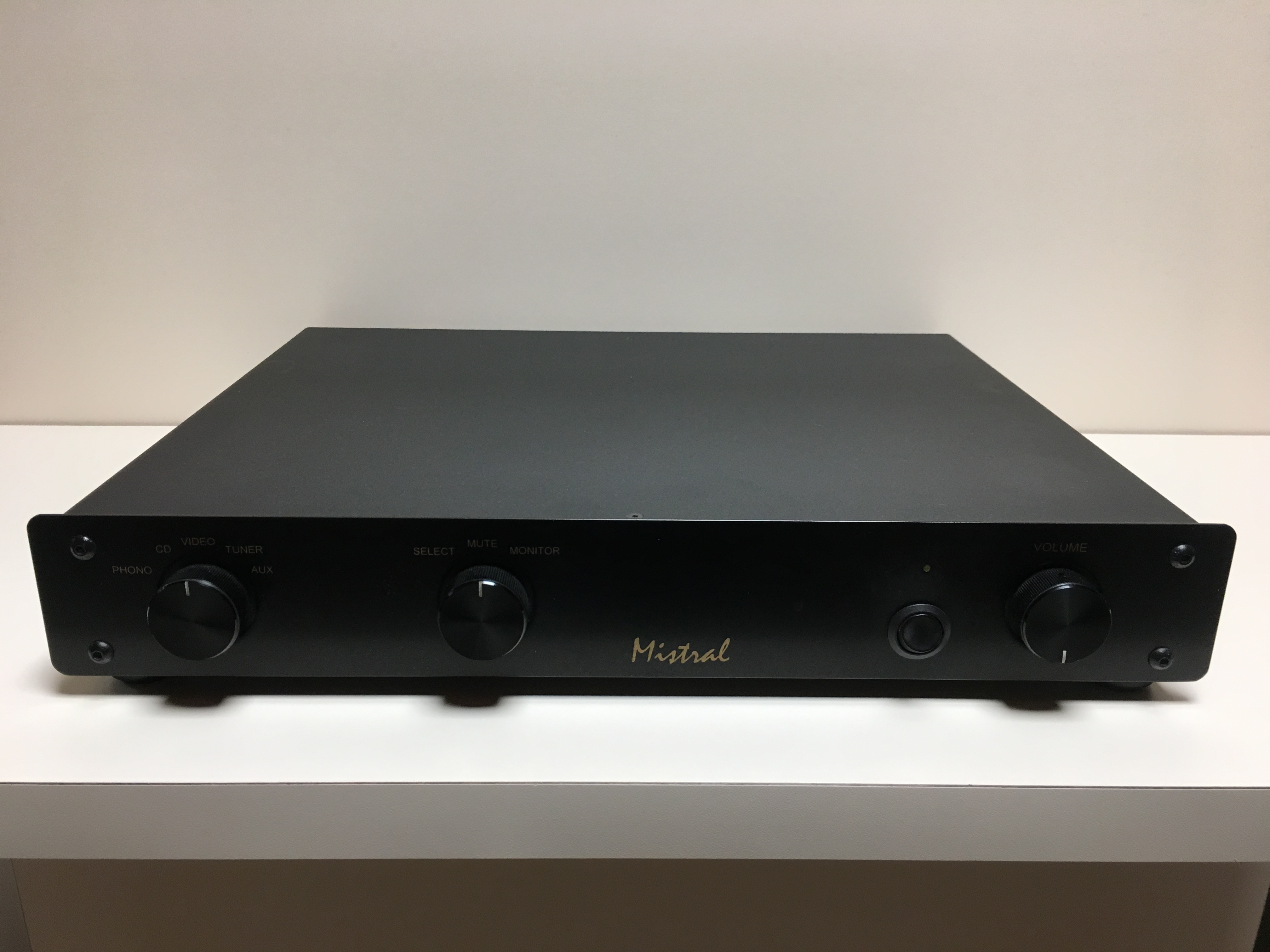 LFD Mistral Integrated met Phono stage Image